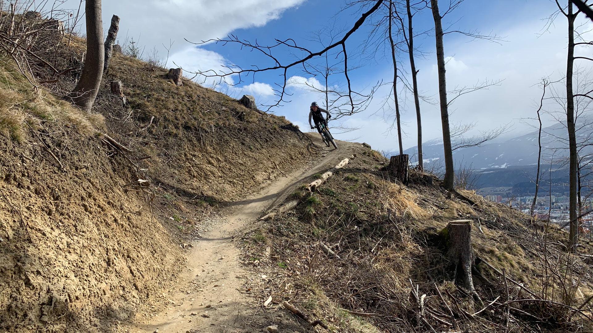 Atemberaubender Ausblick und anspruchsvolle Downhill-Strecken in Saalach-Hinterglemm